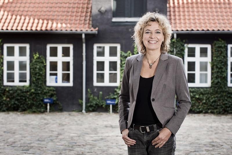 Medlem af pressefotografforbundet og dansk journalistforbund