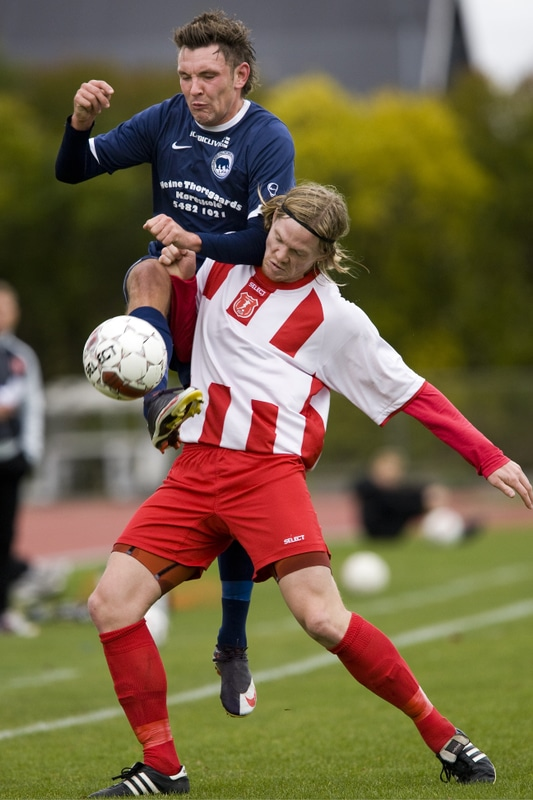 Sportsfotografier fra Superligaen, 1. dvision og 2. division af fotojournalist Jens Panduro.