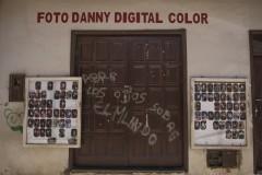 Portrætfotograf og fotojournalist tager også reprotagefotos.