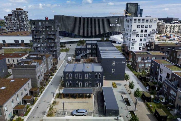 Skolerne i Ørestaden: Drone- og arkitekturbilleder taget for Ajos.
